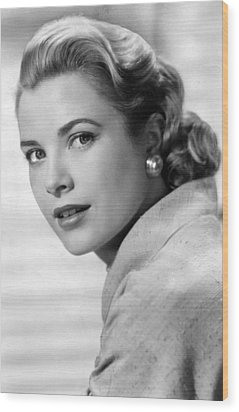Grace Kelly In Her Prime Wood Print
