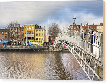 Graceful Ha'penny Bridge Over River Liffey Wood Print by Mark E Tisdale