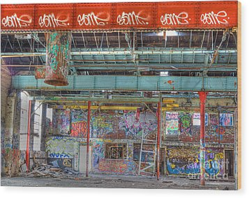 Graffiti Gallery Wood Print by David Birchall
