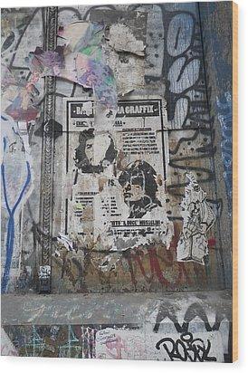 Graffiti In New York City Che Guevara Mussolini  Wood Print