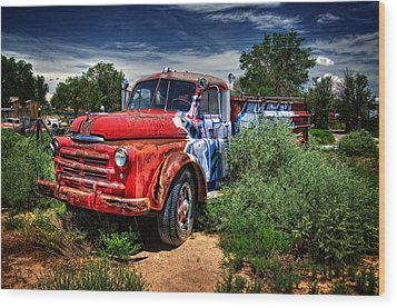 Wood Print featuring the photograph Grafitti Fire Truck by Ken Smith