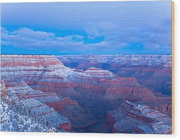Grand Canyon At Dawn Wood Print by Jonathan Nguyen