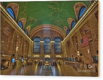 Grand Central Station Wood Print by Susan Candelario