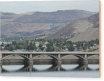 Wood Print featuring the photograph Grand Coulee Dam  by E Faithe Lester