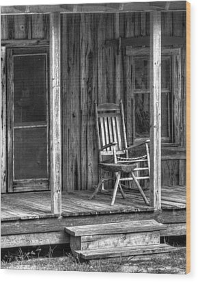 Wood Print featuring the photograph Grandma's Rocker by Dawn Currie