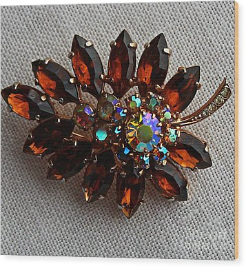 Grandmas Topaz Brooch - Treasured Heirloom Wood Print by Barbara Griffin