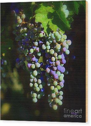 Grape Pre-vino Wood Print by Patrick Witz