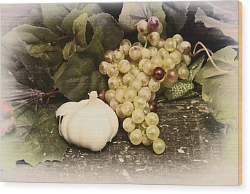 Grapes And Garlic Wood Print by Bill Cannon