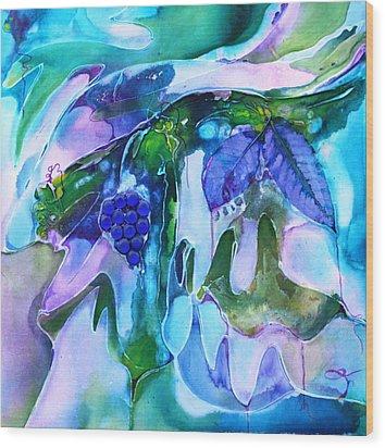 Grapevine Twist Wood Print by Pat Purdy