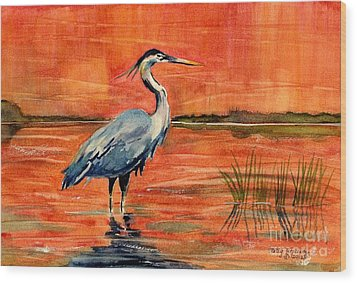 Great Blue Heron In Marsh Wood Print