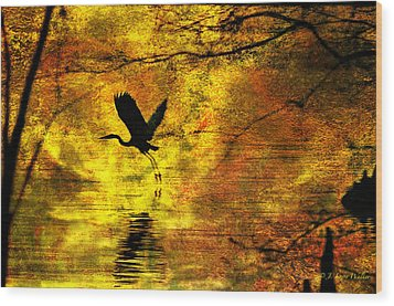 Wood Print featuring the digital art Great Blue Heron In Moment Of Suspense by J Larry Walker