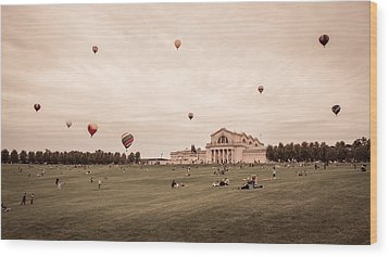 Great Forest Park Balloon Race Wood Print by Scott Rackers