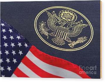 Great Seal Of The United States And American Flag Wood Print by Olivier Le Queinec