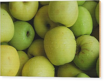 Green Apples Wood Print by Mamie Gunning