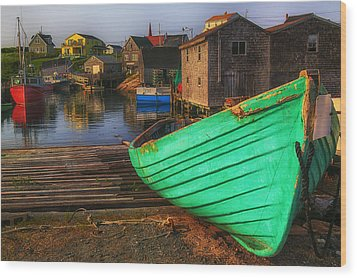 Green Boat Peggys Cove Wood Print by Garry Gay