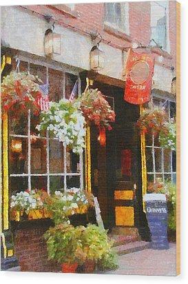 Green Dragon Tavern Wood Print