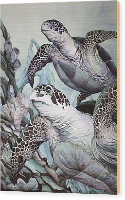 Green Loggerhead Wood Print by William Love