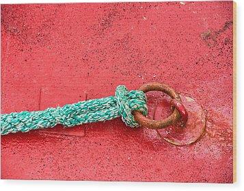 Green Marine Rope On Red Ship Wood Print by Matthias Hauser