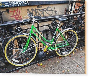 Green Schwinn Bike  Nyc Wood Print