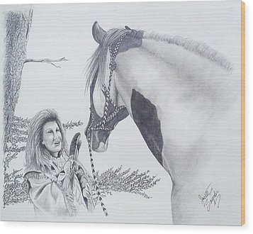 Greeting At The Monument Wood Print
