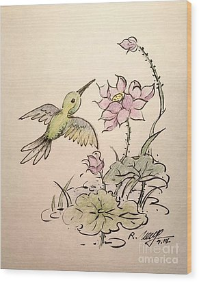 Greeting Hummingbird Wood Print by Rose Wang