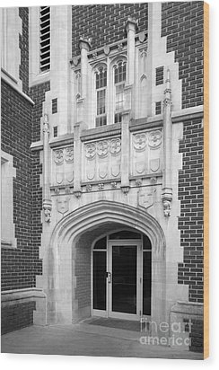 Grinnel College Collegiate Entryway Wood Print by University Icons