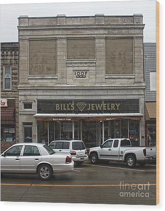Grinnell Iowa - Odd Fellows Lodge Wood Print by Gregory Dyer