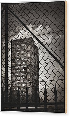 Gritty London Tower Block And Fence - East End London Wood Print by Lenny Carter