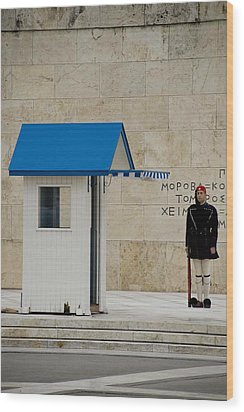 Guard At Tomb Of Unknown Soldier In Athens Wood Print by Cliff C Morris Jr