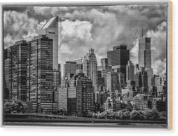 Wood Print featuring the photograph Guardians Of The City In New York by Linda Karlin