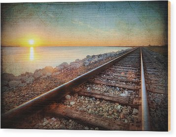 Gulf Coast Railroad Wood Print by Ray Devlin