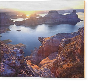 Gunsight Bay Sunrise Wood Print