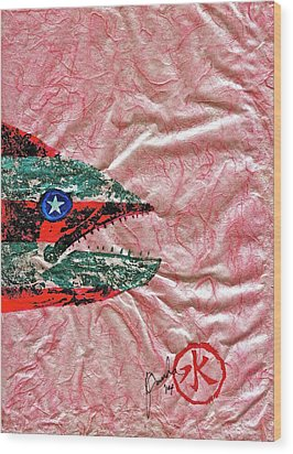 Gyotaku- 4th July - Spanish Mackerel- Bubble Gum Pink Wood Print by Jeffrey Canha