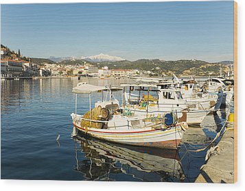 Gytheion Harbour Wood Print