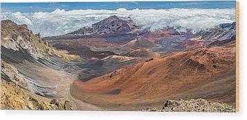 Haleakala Volcano On Maui Hawaii Wood Print by Pierre Leclerc Photography