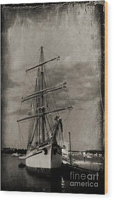 Halifax Harbour Wood Print by John Malone