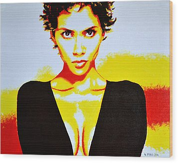 Halle Berry 2 Wood Print