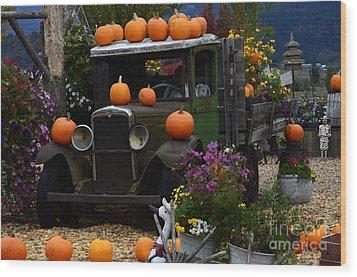 Halloween 1 Wood Print by Bob Christopher