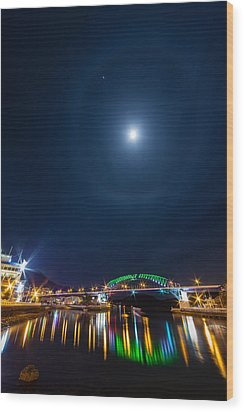 Halo Above The Bridge Wood Print