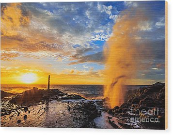 Wood Print featuring the photograph Halona Blowhole At Sunrise by Aloha Art