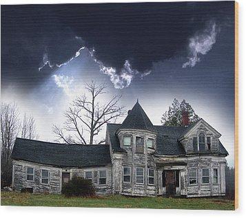 Haloween House Wood Print by Skip Willits