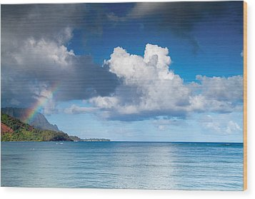 Hanalei Bay And Rainbow Wood Print by Roger Mullenhour