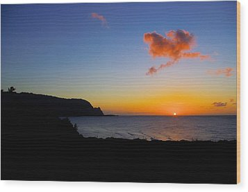 Hanalei Bay Sunset Wood Print by John  Greaves