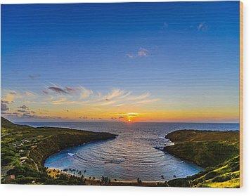 Hanauma Bay Sunrise Wood Print