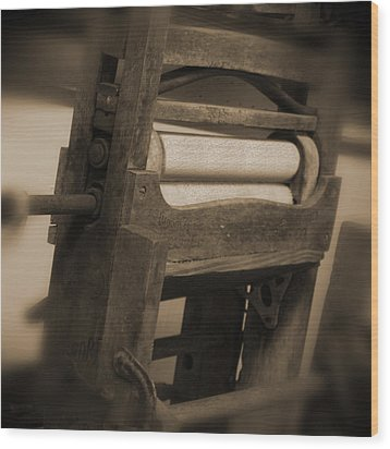 Hand Clothes Wringer Wood Print by Mike McGlothlen