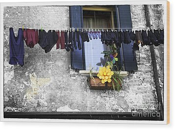 Hanging Out To Dry In Venice 2 Wood Print by Madeline Ellis