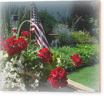 Happy 4th Flowers Wood Print by Heidi Manly