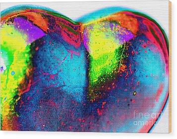 Happy Heart Wood Print by Carol Lynch