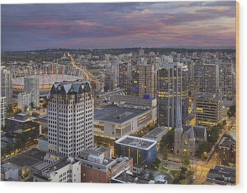Harbour Center Lookout Vancouver Bc Wood Print by David Gn