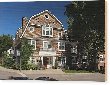Harbour House Niagara-on-the-lake Wood Print by Nicky Jameson